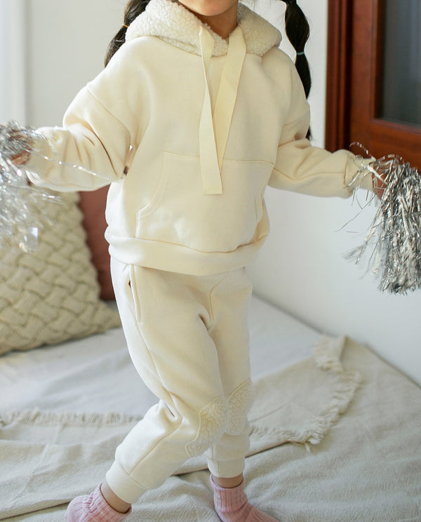 [SET] Super Warm Hoodie and Pants Set on MooMooz