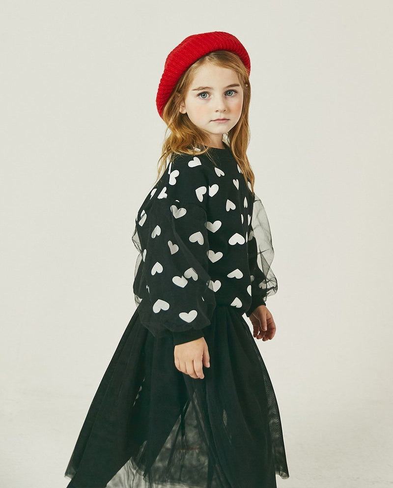 Tulle Patched Heart Sweatshirt on MooMooz