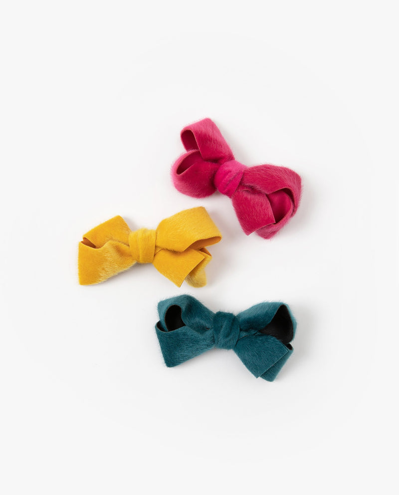 Cozy Bow Hair Pin