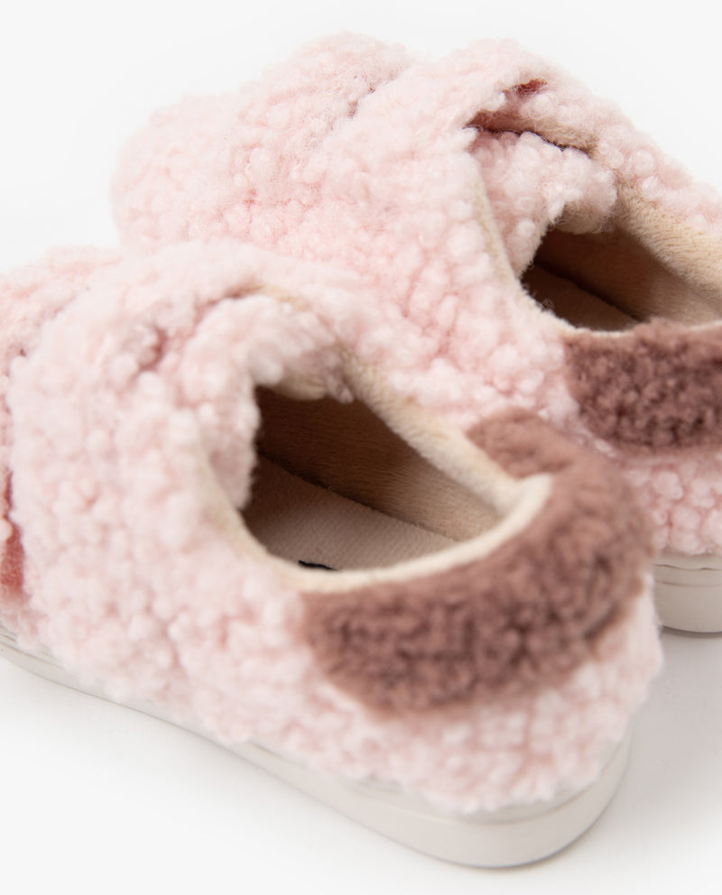 [Out of Stock] Fluffy Boucle Shoes
