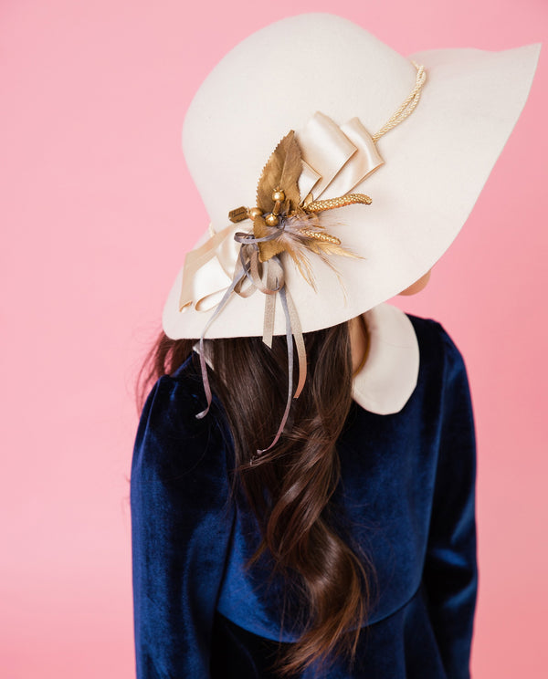 [Out of Stock] Golden Bow Classic Hat
