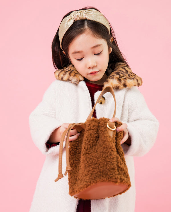 [Out of Stock] Fluffy Bucket Bag
