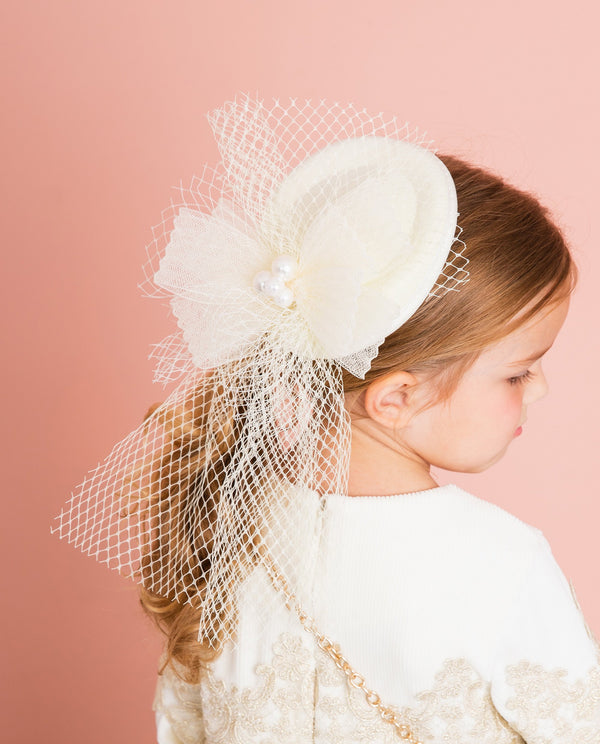 [Out of Stock] Pure Snow Hair Fascinator