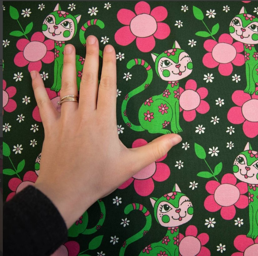 Lovecats Green & Pink Jersey - Vintage in my heart