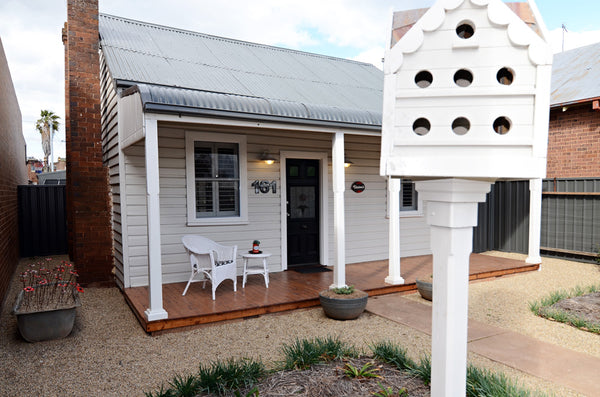 Thelma's Temora Cottage Front of House