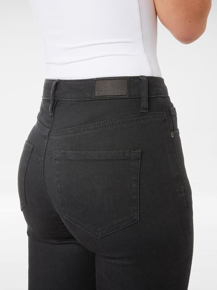 Close up of the back of the Outland Denim - Harriet Jean in Black - Full Length