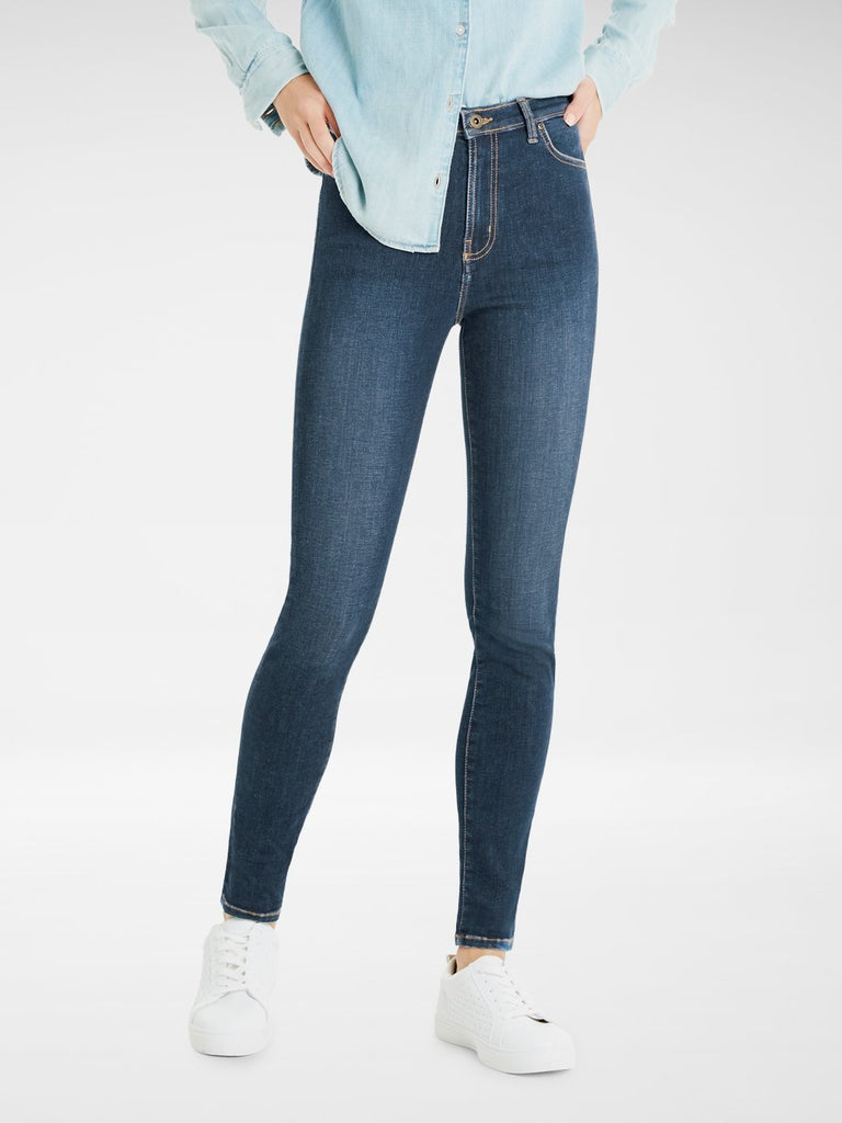 Front view of woman wearing the Outland Denim Australia  Harriet Ladies Jean in Byron