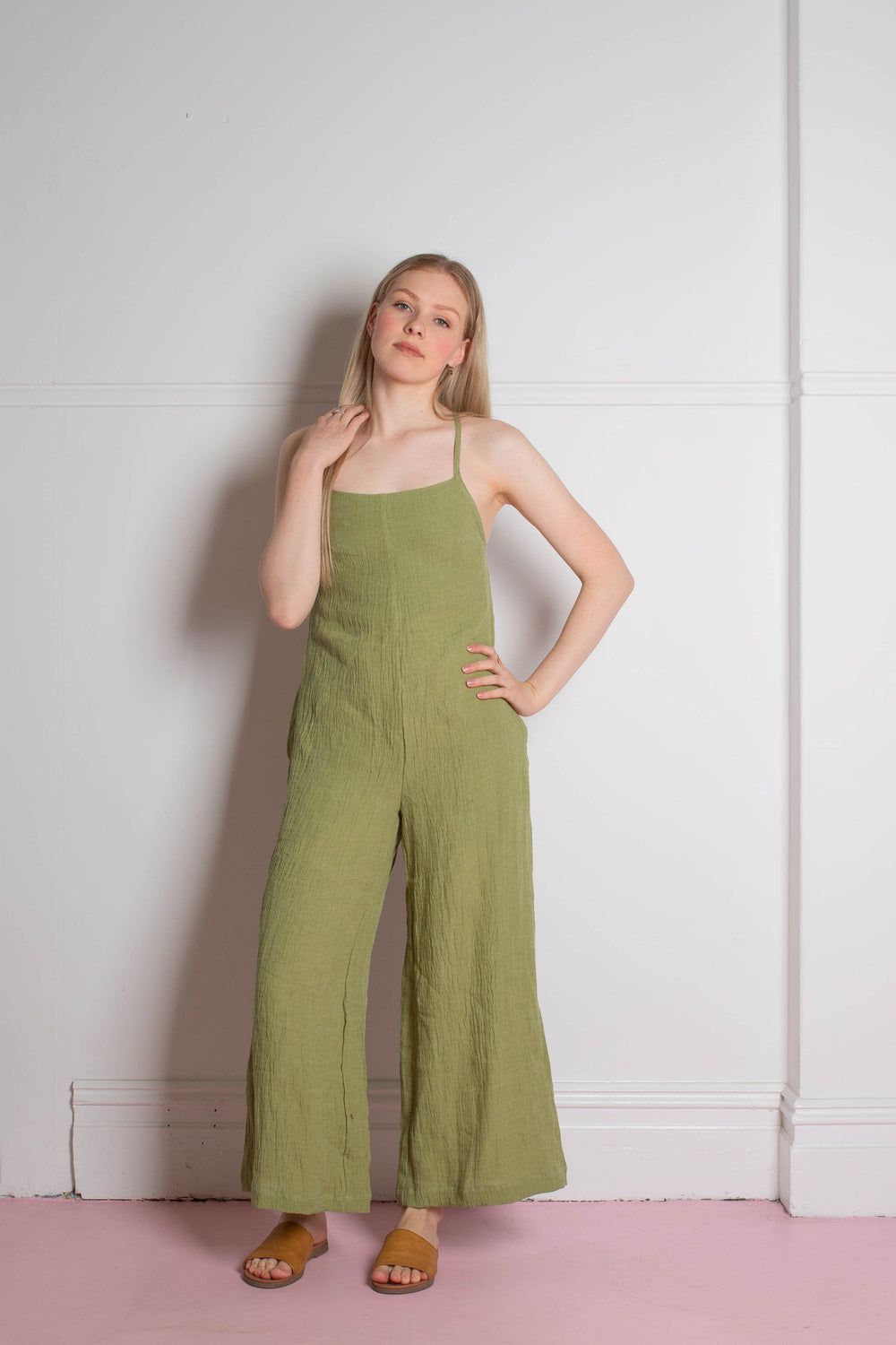 model wearing the Zoe.O - Linen Wide Leg Overalls
