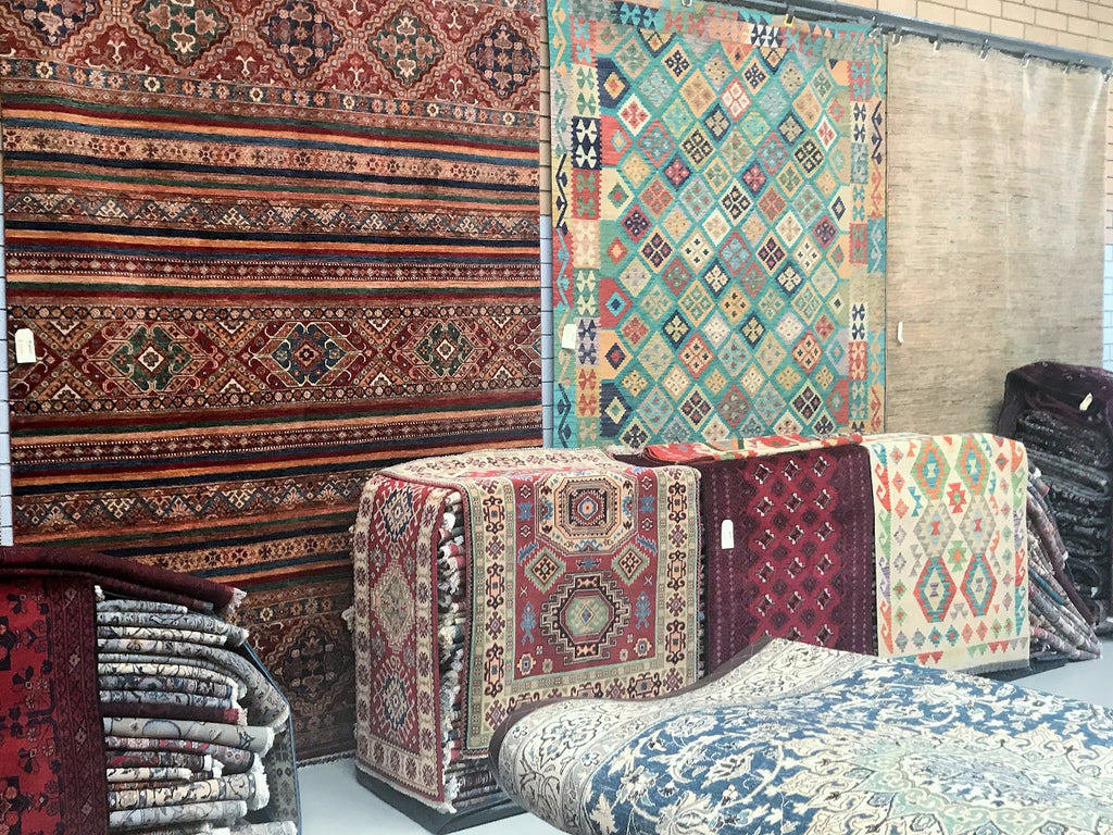 Persian Rug Importers Open To Public Sale