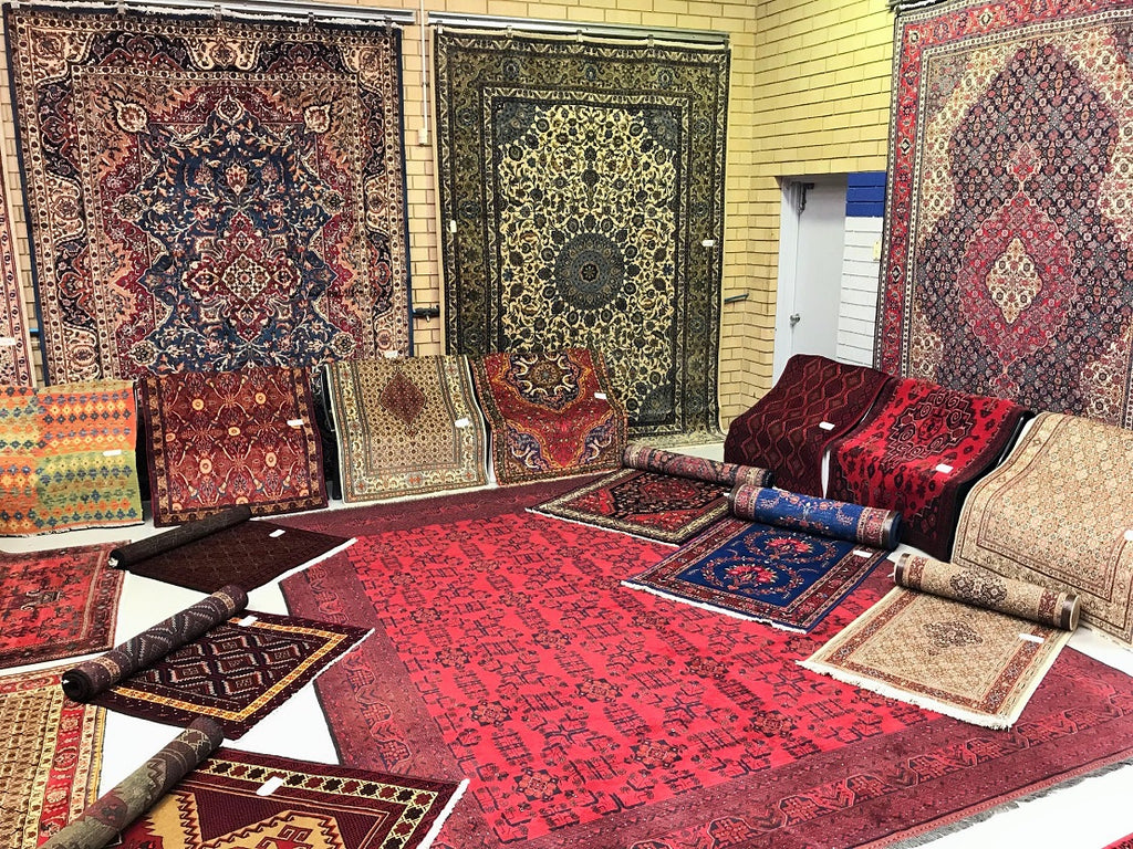 Persian Rug Online Auction End 8 pm AEST 15th April