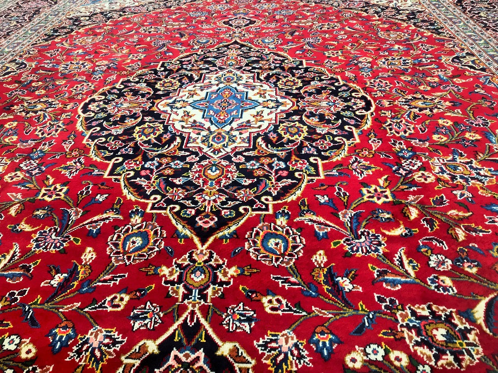 Royal Kashan Persian Rug