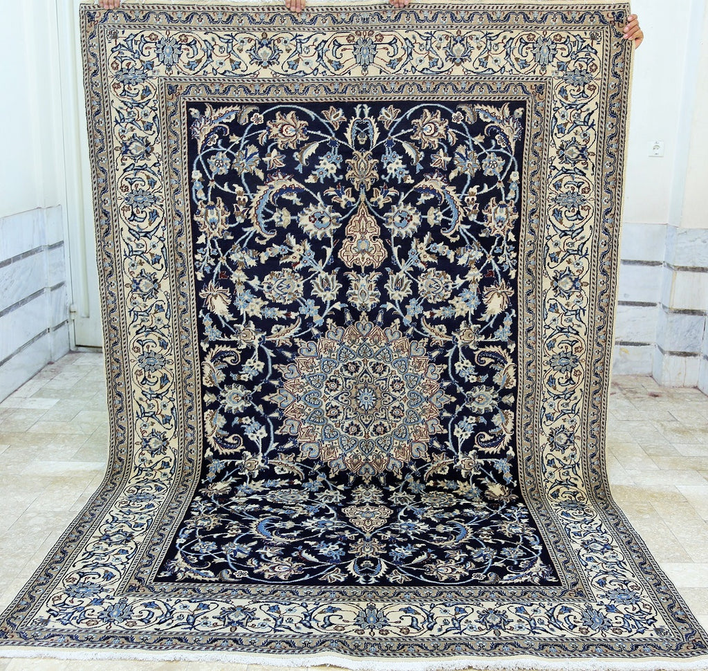 Wool and Silk Rug Nain