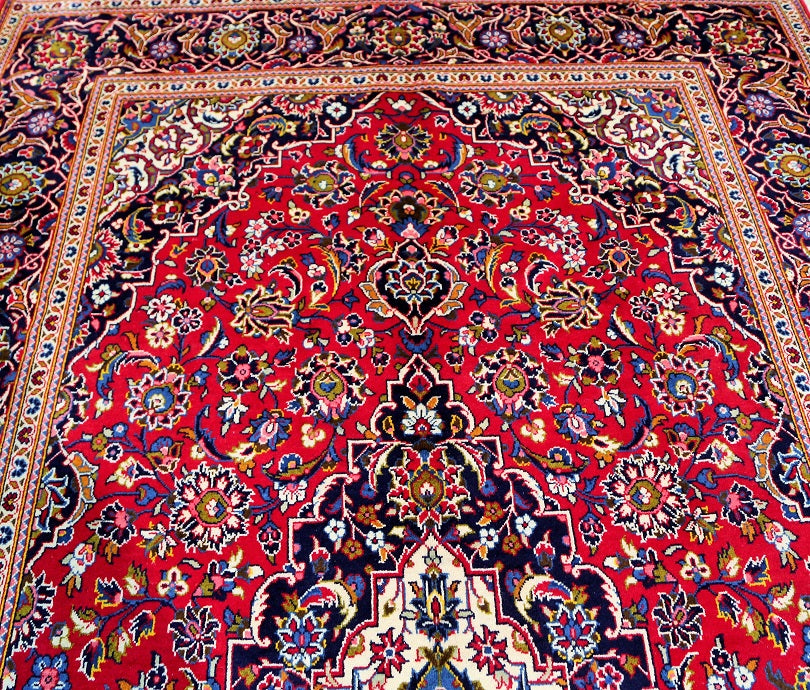 Regal Kashan Persian Rug