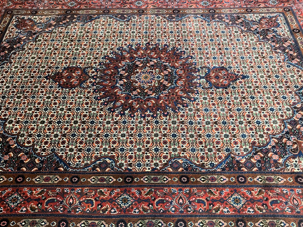 fish_design_Persian_rug