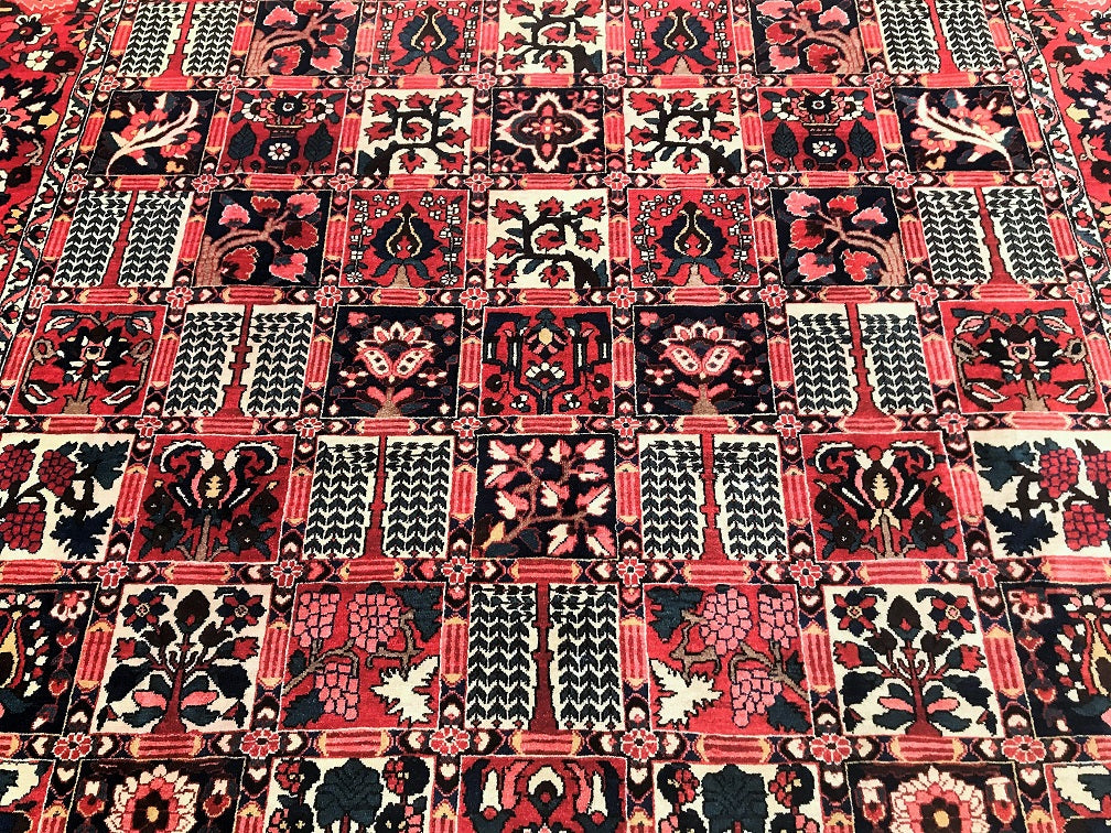 Antique Bakhtiari Persian Rug