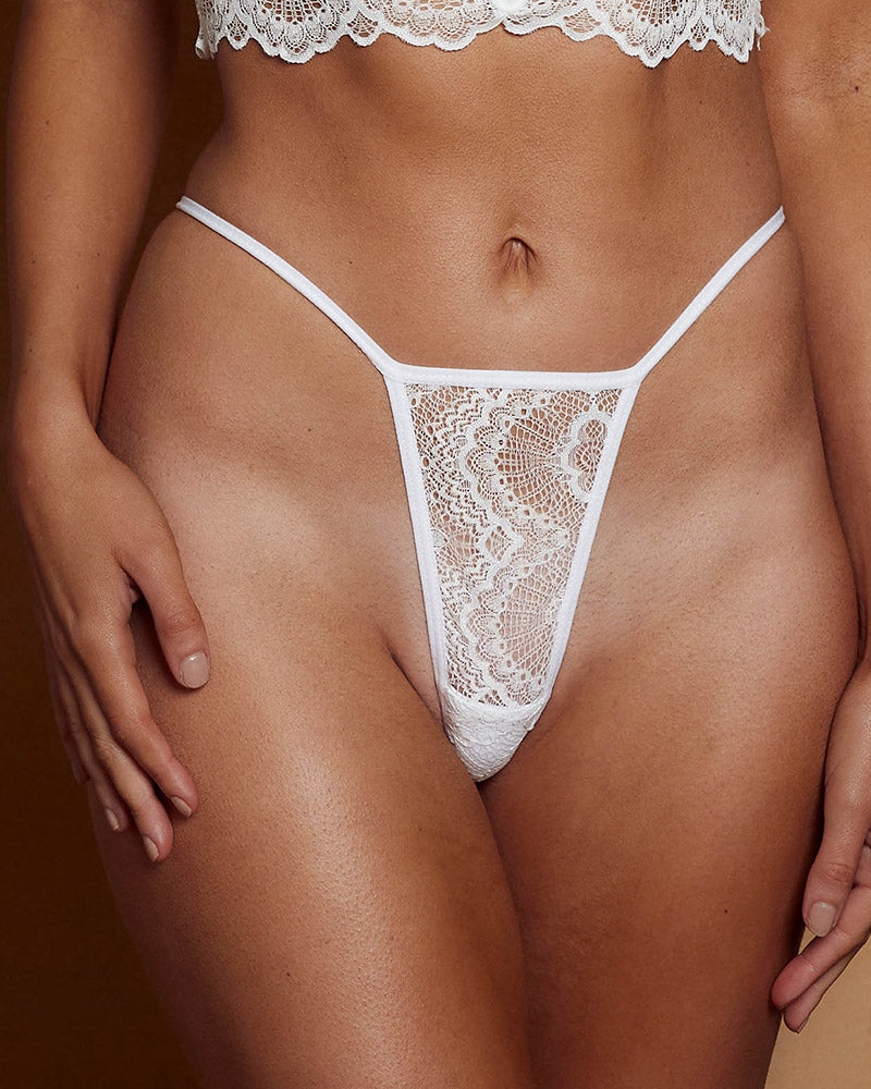 Baxter Thong White