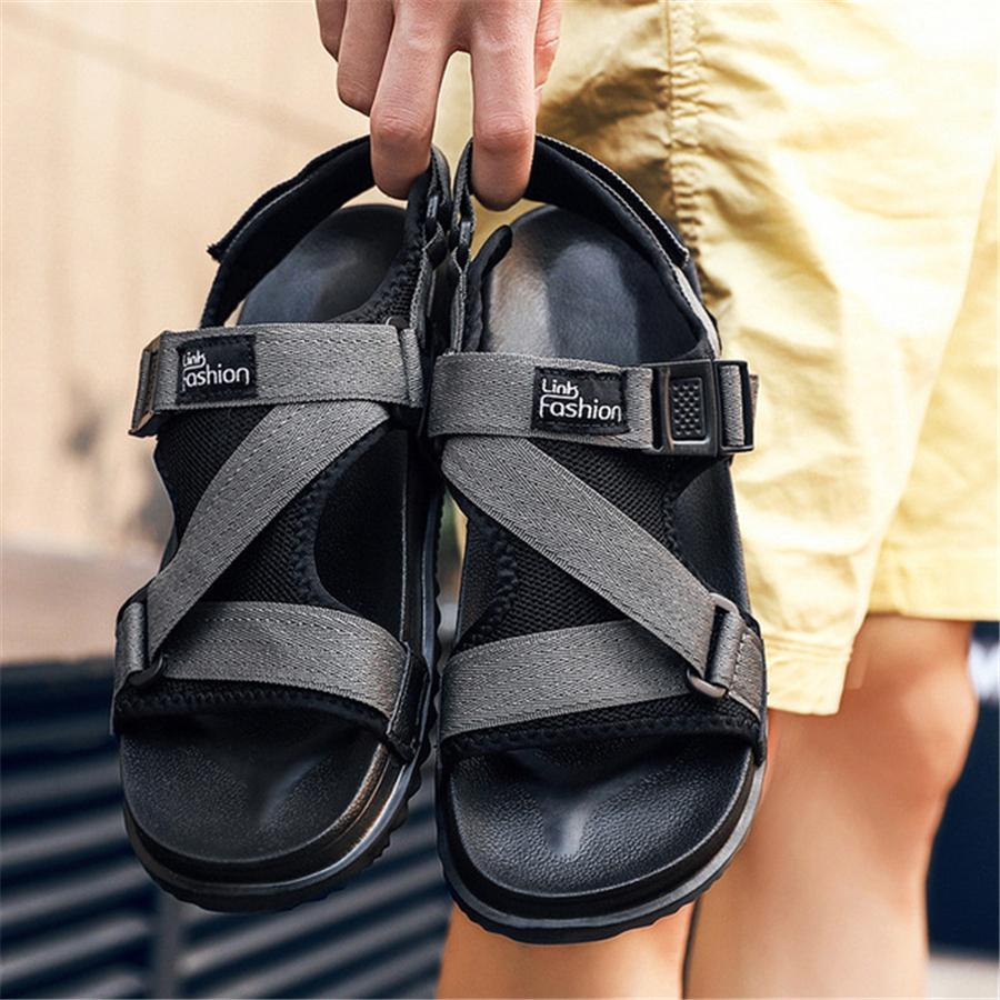 Men's casual breathable beach sandals