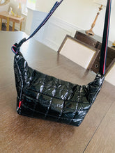 Load image into Gallery viewer, Puffer Black Tote
