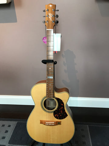Maton EBG-808-TEC Small Body Acoustic Electric Guitar Cutaway