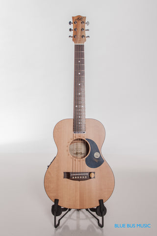 Maton EM-6 Mini Acoustic/Electric Guitar