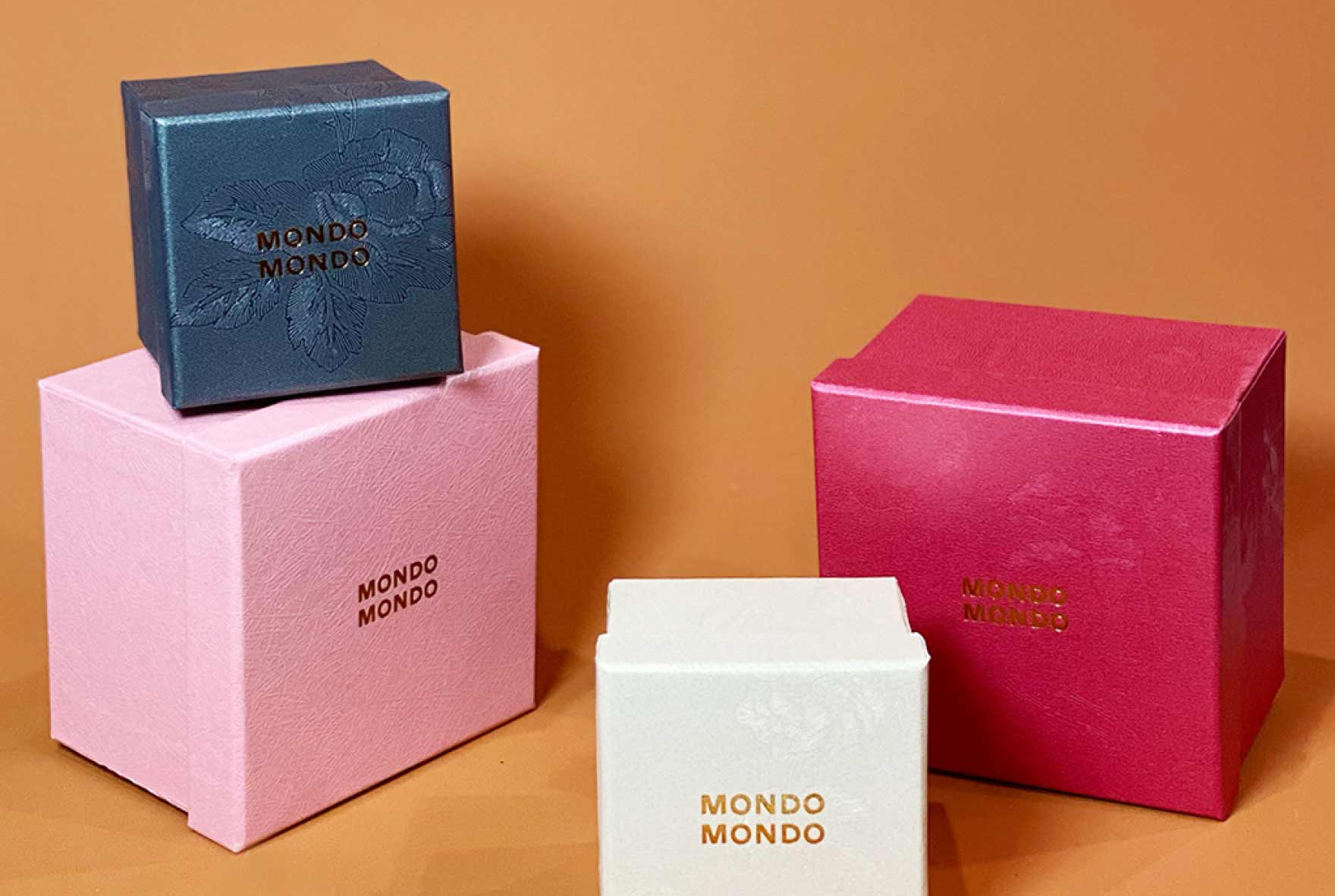Shop Mondo Mondo at Camargue