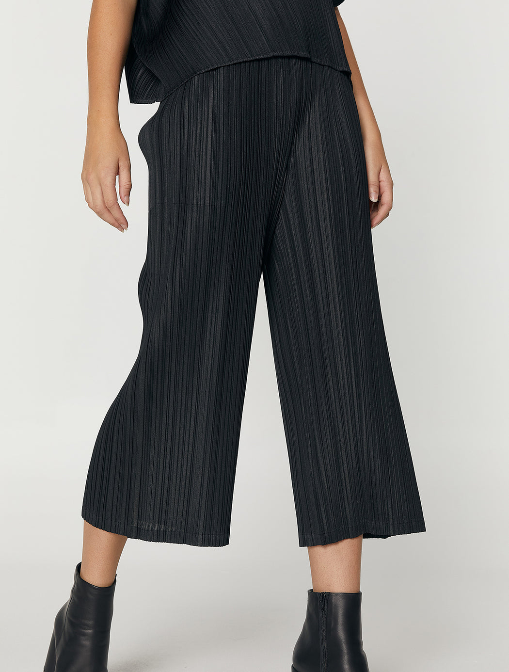 Straight Cropped Pants