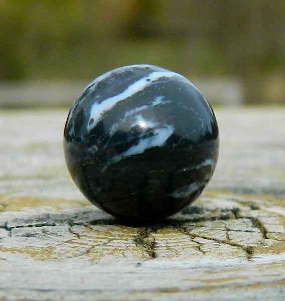 10mm Black Marble Howlite