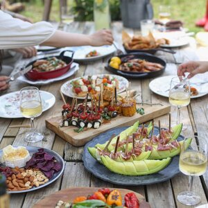 A Guide To Summer Entertaining