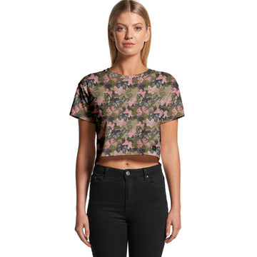 Butterfly Camo - Women's Cropped Tee | Arena