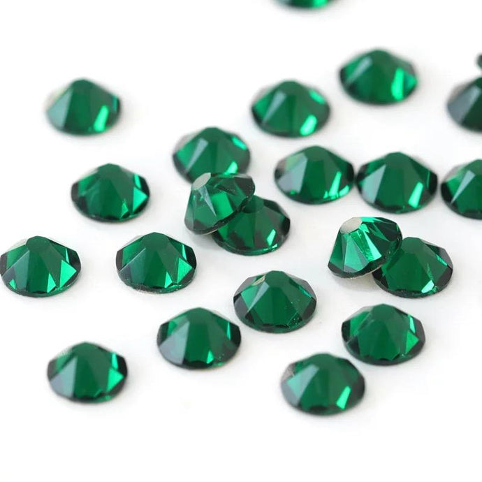 Emerald Rhinestones - Flawless Crystals
