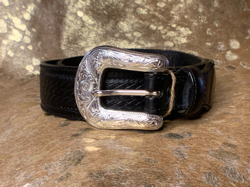 Vintage Leather Snap-Back Belt