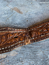 "Load image into Gallery viewer, ""Ronnie"" Vintage Western Snap-Back Belt"