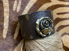 Load image into Gallery viewer, Rosebud Cuff