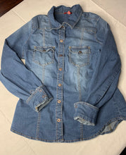 Load image into Gallery viewer, Vintage Denim Shirt