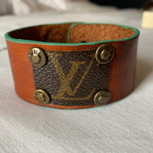 "Load image into Gallery viewer, ""The Hadley"" Leather Cuff"