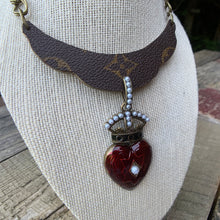 "Load image into Gallery viewer, ""The Royal"" Necklace"