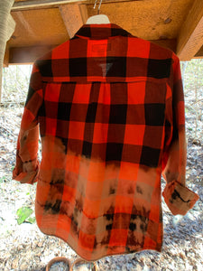 C&P Distressed Flannel - Red & Black