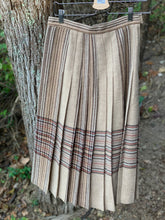 Load image into Gallery viewer, Vintage Wool Skirt