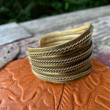 Load image into Gallery viewer, Vintage Brass Cuff