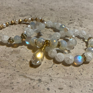 """White Wedding"" Beaded Bracelet"