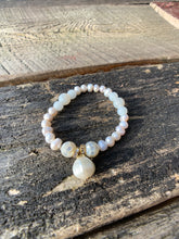 Load image into Gallery viewer, Matte Quartz, Shell Faceted & Pearl Bracelet
