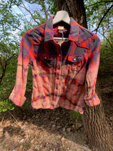 Load image into Gallery viewer, Vintage Distressed Flannel