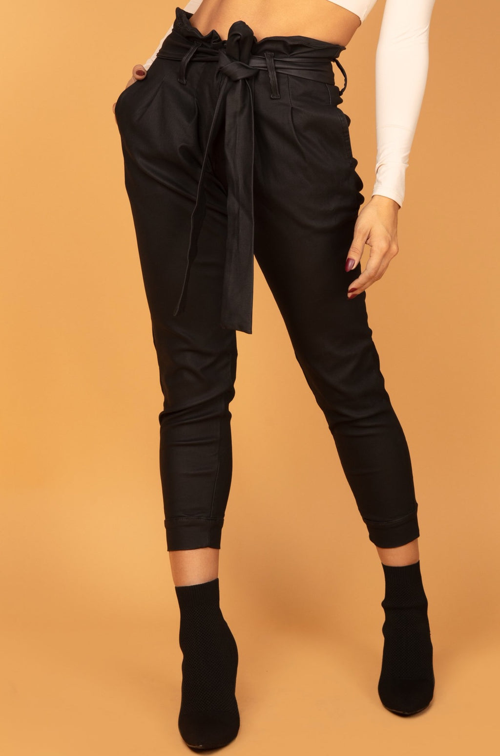 Arya Pants Black