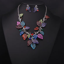 Load image into Gallery viewer, Stunning Leaf Jewelry Set