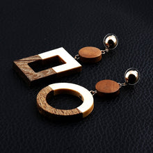 Load image into Gallery viewer, Vintage Wooden Earrings
