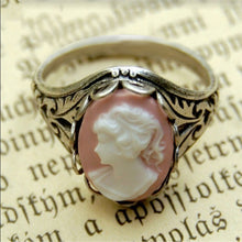 Load image into Gallery viewer, Vintage Style Cameo Ring