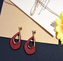 Load image into Gallery viewer, Wooden Geometric Earrings