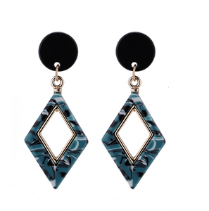 Patterned Rhombus Earrings