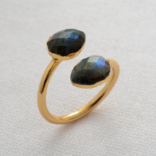 Load image into Gallery viewer, Bohemia Labradorite Big Stone Ring
