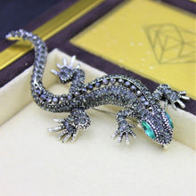 Load image into Gallery viewer, Lizard Pin Brooch